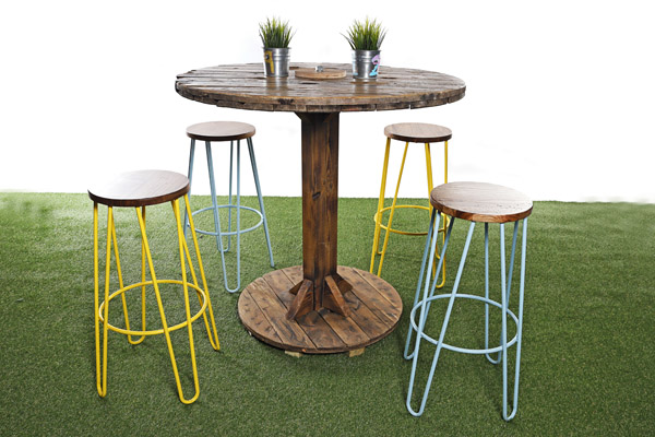 Cable Reel Poseur Table And 4 X Hairpin Stool Package