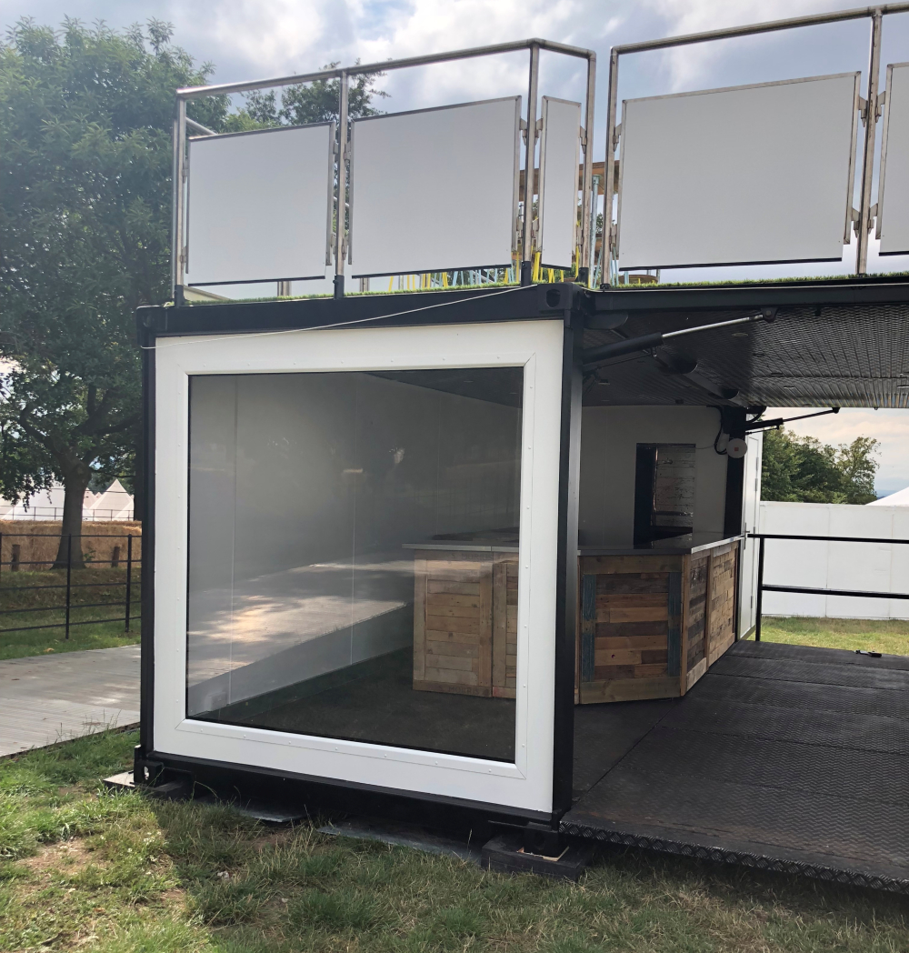 White Box Event Bar